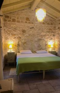 A bed or beds in a room at Villa Contessina
