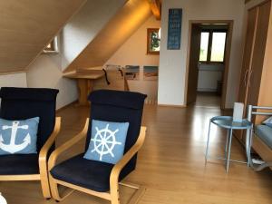 Ein Sitzbereich in der Unterkunft Haus Kleewiese
