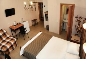 Кровать или кровати в номере Гостиница Пятый Океан