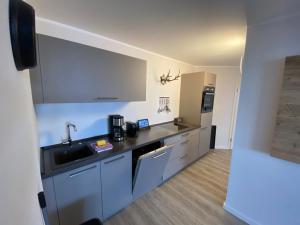A kitchen or kitchenette at Smart Resorts Azur
