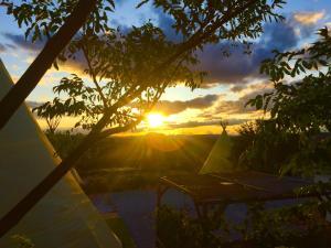 Amanecer o atardecer desde el tented camp o alrededores