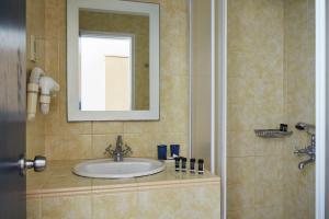 A bathroom at Andros Holiday Hotel