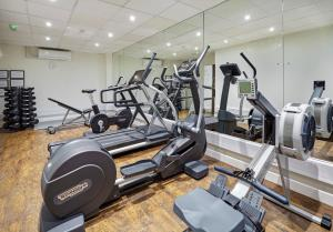 The fitness center and/or fitness facilities at Holiday Inn Cardiff North M4 Jct 32, an IHG Hotel