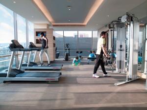 Фитнес-центр и/или тренажеры в Holiday Inn Chennai OMR IT Expressway, an IHG Hotel