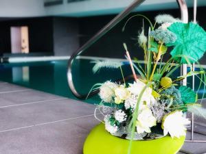 Бассейн в Grand Hotel Ambasciatori Wellness & Spa или поблизости