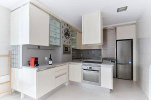 Una cocina o zona de cocina en Piso recién reformado en el centro de Pamplona