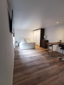 A seating area at Apartment Sofia