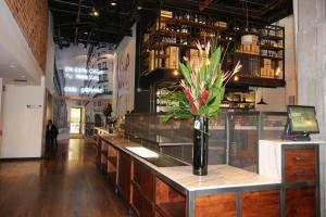 A kitchen or kitchenette at Hotel B3 Virrey
