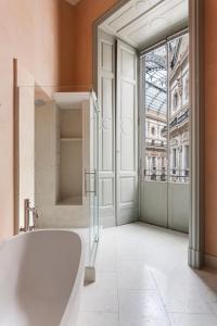 Salle de bains dans l'établissement Galleria Vik Milano