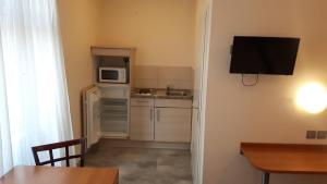 A kitchen or kitchenette at Cap Europe