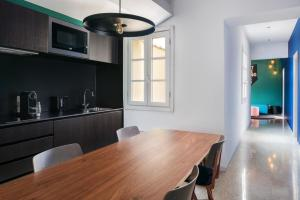 A kitchen or kitchenette at TSH Florence Lavagnini
