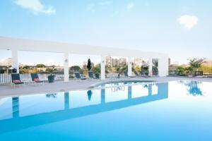 Der Swimmingpool an oder in der Nähe von Stamford Plaza Brisbane