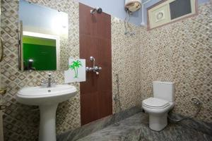 A bathroom at CHAS Breathing Stone