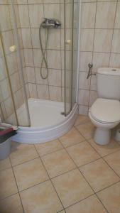 A bathroom at Zimmerfrei in Radebeul