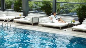 المسبح في إنتركونتيننتال شنغهاي جينغ آن أو بالجوار