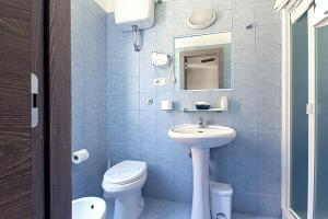 A bathroom at Hotel La Scaletta
