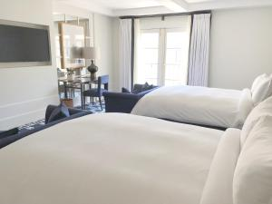 A bed or beds in a room at el PRADO