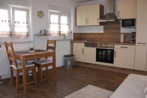 Küche/Küchenzeile in der Unterkunft Ferienwohnung Familie Westermann