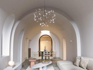 A seating area at Canaves Oia Suites & Spa