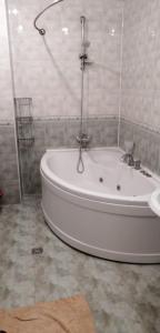 Um banheiro em Shangrila Ceylon Hostal