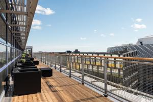 A balcony or terrace at Quality Hotel Globe