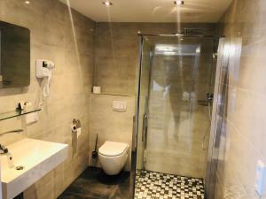 A bathroom at Haus Herrenweide