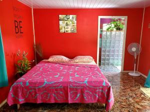 """Cama ou camas em um quarto em Ua Huka """"Horse House"""" Lodge"""