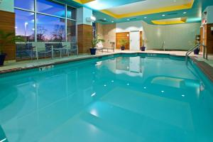 The swimming pool at or near Hotel Indigo Columbus Architectural Center, an IHG Hotel