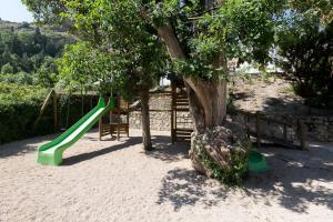 Zona de juegos infantil en Villa Turística de Cazorla