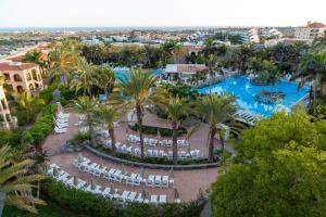 A bird's-eye view of Palm Oasis Maspalomas