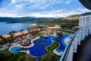 Uma vista da piscina em Tayayá Aqua Resort ou nos arredores