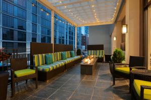 The lobby or reception area at Home2 Suites Long Island City/Manhattan View