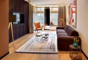 Een zitgedeelte bij Radisson Blu Hotel, Amsterdam City Center
