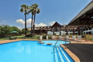 The swimming pool at or close to Emerald Resort & Casino