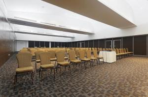 The business area and/or conference room at Crowne Plaza Villahermosa, an IHG Hotel