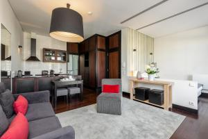 Una cocina o zona de cocina en Your Opo Torre Apartments