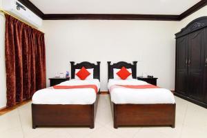 Cama ou camas em um quarto em ريحانه الشعب Raihana alshaab