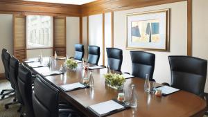 Der Geschäftsbereich oder Konferenzraum in der Unterkunft InterContinental Singapore (SG Clean), an IHG Hotel