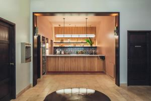 A kitchen or kitchenette at Hotel Renew