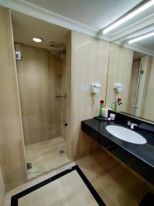 A bathroom at Tang Dynasty Hotel