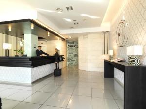 Hall o reception di Hotel Guadalmedina
