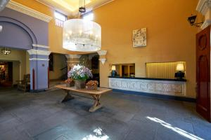 The lobby or reception area at Wyndham Costa del Sol Arequipa