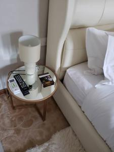 A seating area at Luxlucive guest house