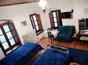 A seating area at Casa Calda