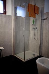 A bathroom at B&B Al Sole Di Cavessago