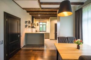 Virtuve vai virtuves zona naktsmītnē Villa Buta