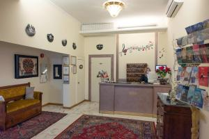 The lobby or reception area at Hotel Principe