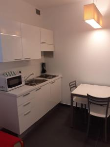 Cucina o angolo cottura di Residence Villa Gori