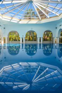 Het zwembad bij of vlak bij Hotel Aziza Thalasso Golf Adult Only
