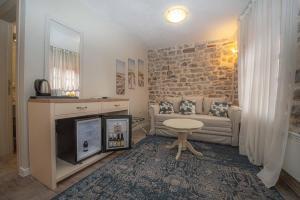 Küche/Küchenzeile in der Unterkunft Antika Guesthouse